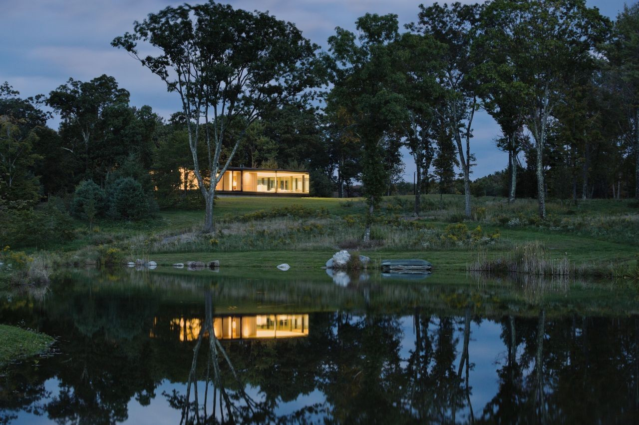 LM_GUEST_HOUSE-POND