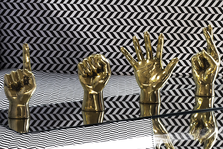 brass_hands4