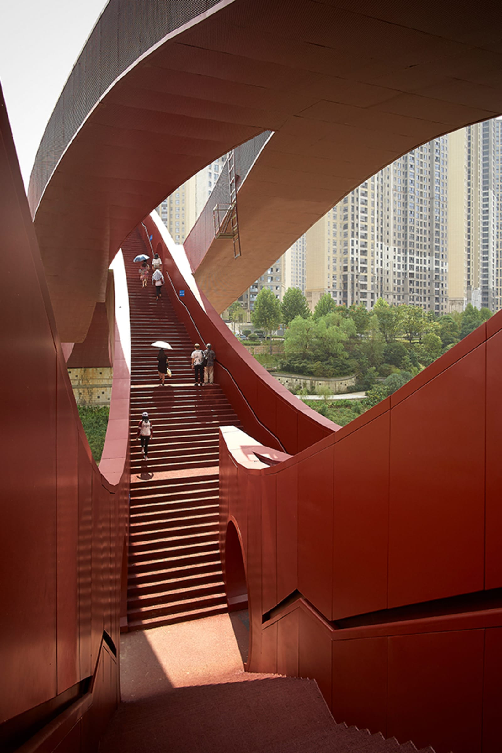 next-architects-julien-lanoo-dragon-king-kong-bridge