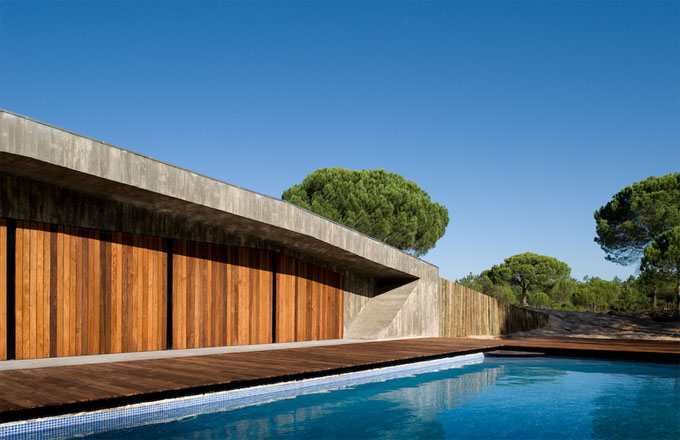 Superb The Sky, The Trees And The Water In The Pool Provide All The Color. Tactile  Texture Is Everywhere, Inside And Out. Light And Shadow Become The Main  Players. Amazing Ideas